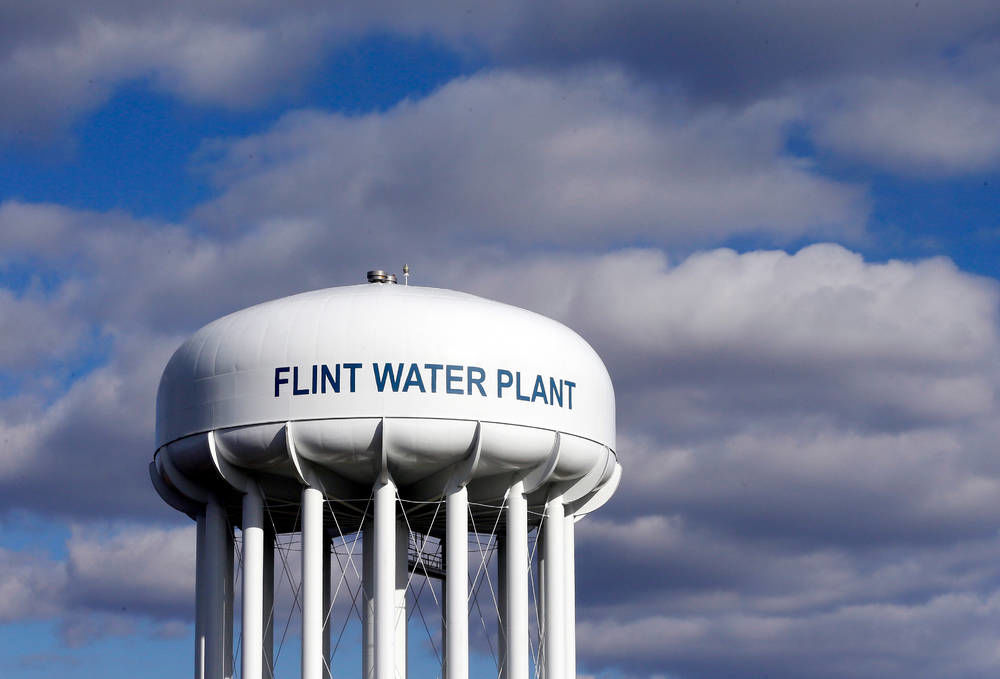 Prosecutors drop Flint water charges, promise fresh probe