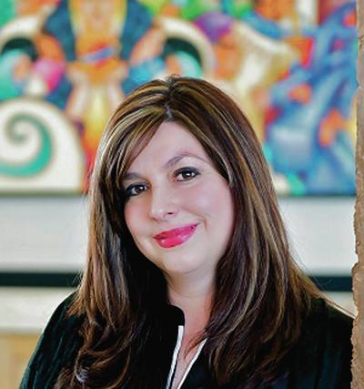 Santa Fe hires community-minded library director