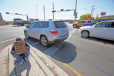 Panhandling deluge in Santa Fe? City officials say no