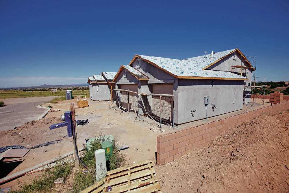 Two decades later, Ranch Viejo development still building new homes south of Santa Fe