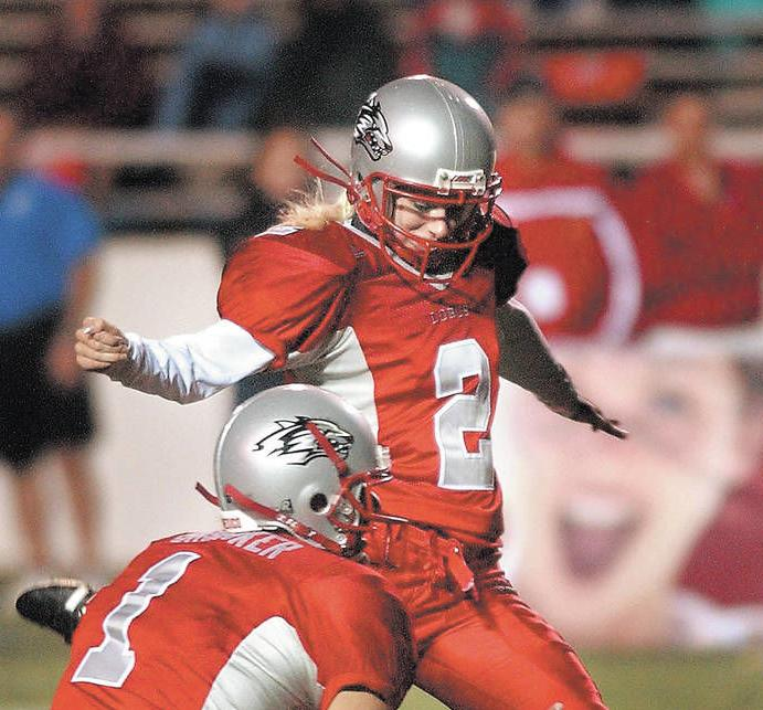 UNM athlete, Hnida, who became first woman to play college football, gravely ill