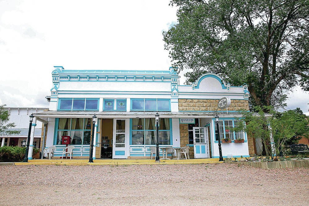 Historic restaurant, bar under new ownership