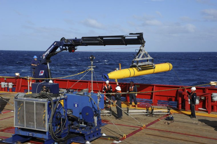 Robotic submarine deployed in search for plane | News