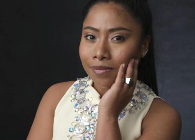 U.S. Latinas rally around 'Roma' actress