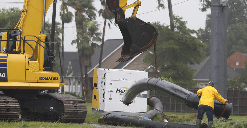 New Orleans avoids directhit as storm downgraded