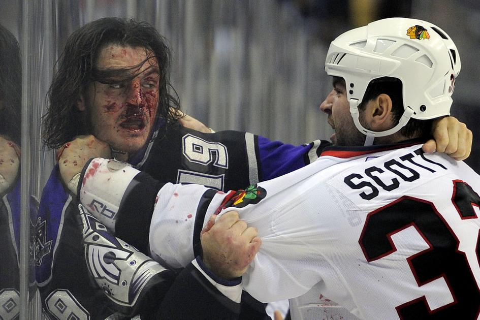 The NHL is trying to have it both ways with fighting, and it's endangering the players
