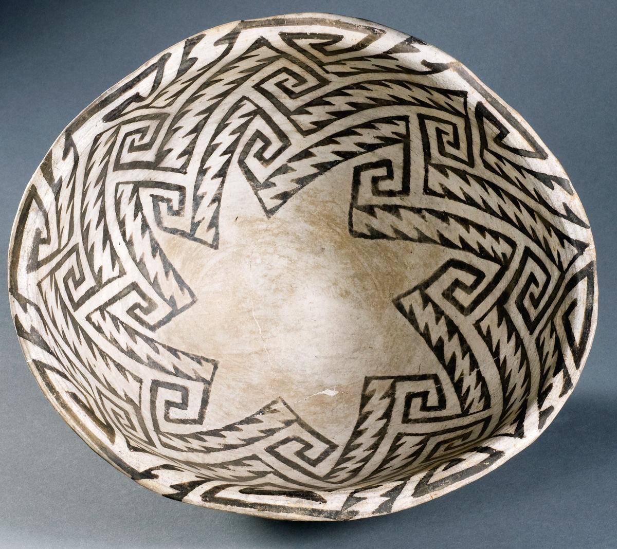 Painted Reflections: Isomeric Design in Ancestral Pueblo Pottery 1
