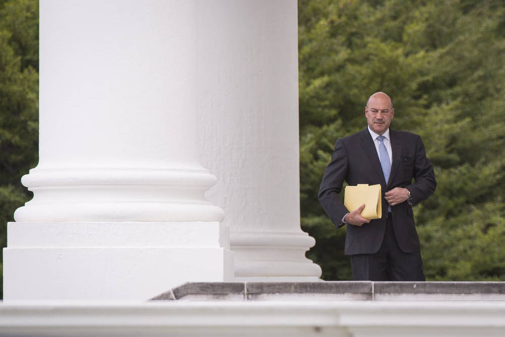 Cohn to Remain in White House Economic Post, Official Says