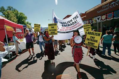 Native protesters turn up the volume at Entrada