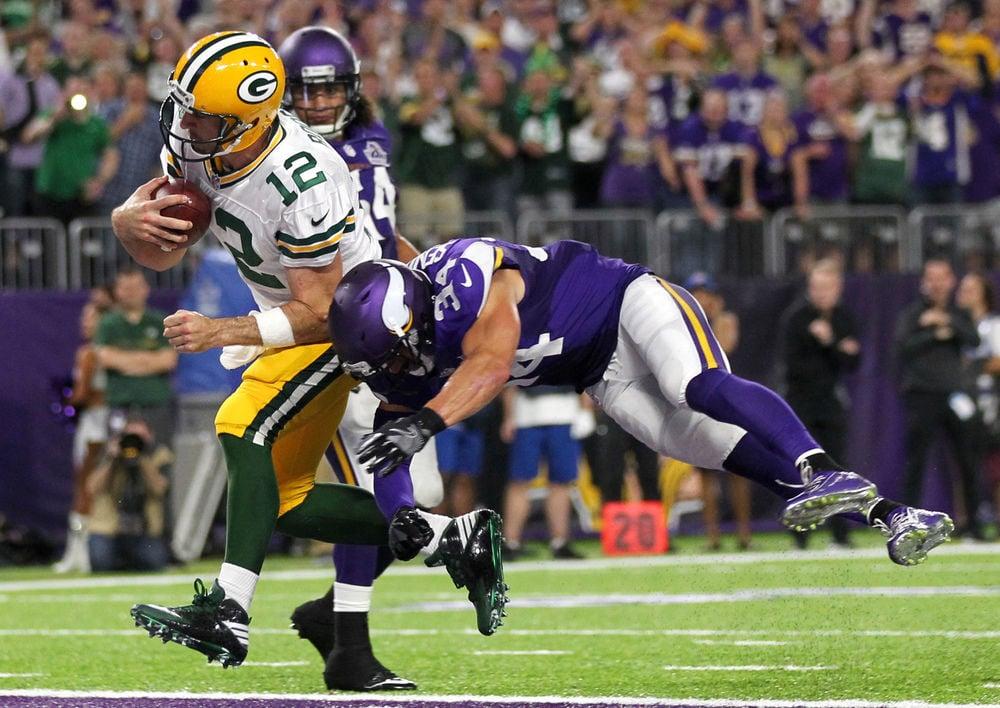 Bradford leads Vikings over Packers 17-14 in Minnesota debut ... a77389655