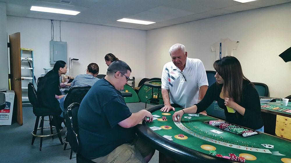 Civil war soldiers gambling