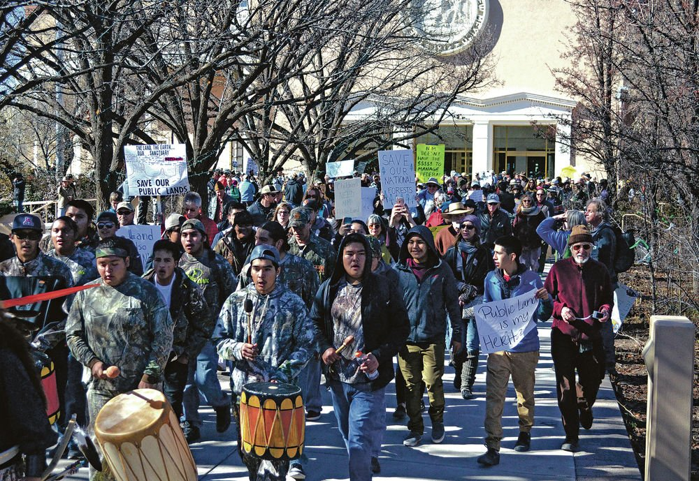 Push to transfer federal lands to states prompts rally representing wide range of interests