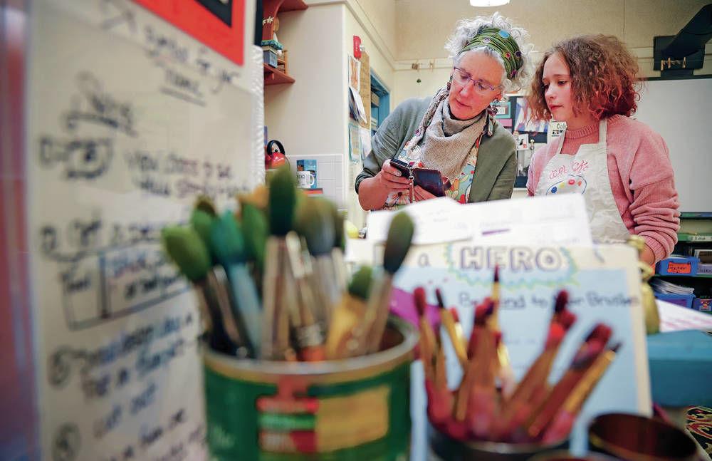 Wood Gormley Elementary teacher named Arts Educator of the Year