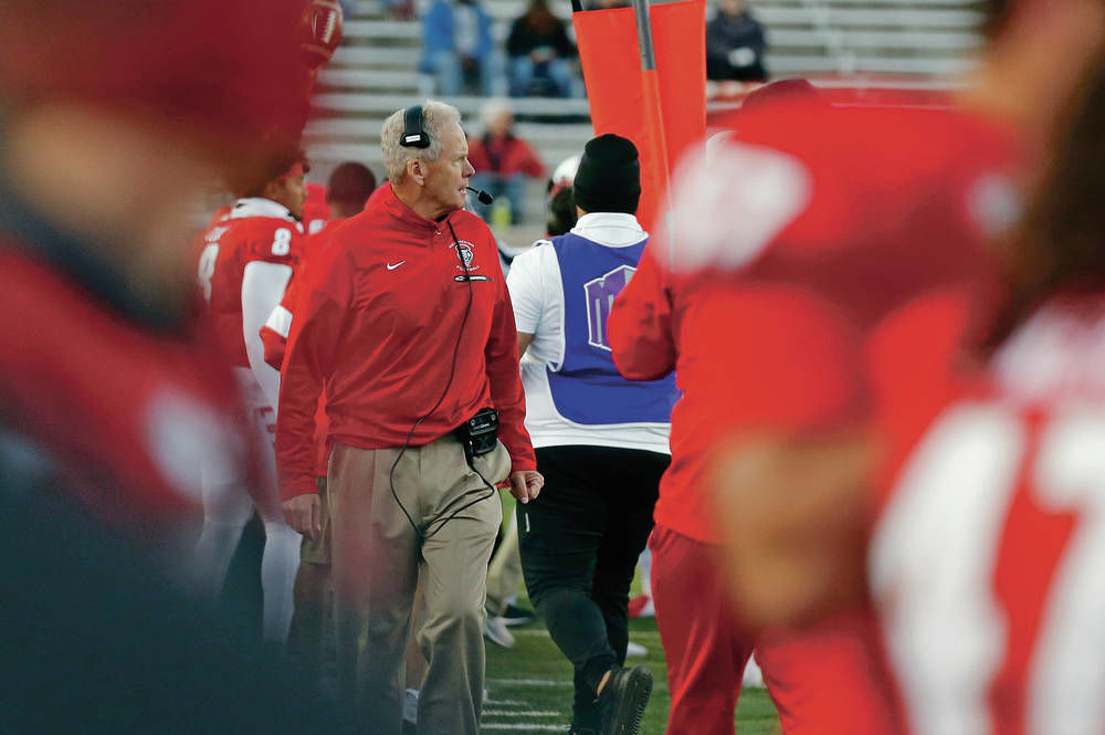 In latest lopsided Lobos loss, questions raised about coach Davie's tenure