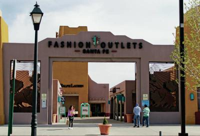 Santa Fe outlet stores not ready to close up shop | Business
