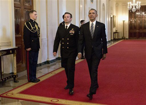 SEAL Team 6 member is given Medal of Honor by Obama | News