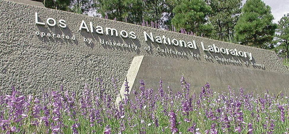 A history of innovation and dysfunction at Los Alamos