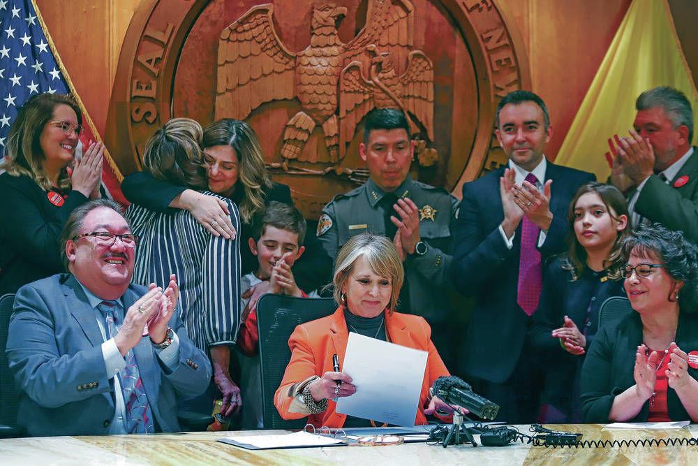 New Mexico state Sen. Martinez arrested after suspected drunken-driving crash