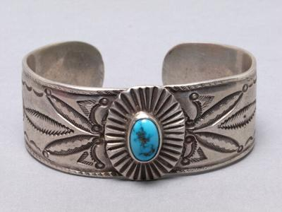 Jewels of the Southwest: a new exhibition highlights the work of Navajo silversmiths