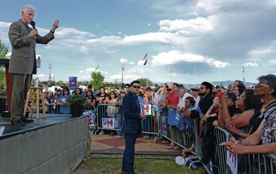Bill Clinton stumps for Hillary in Española