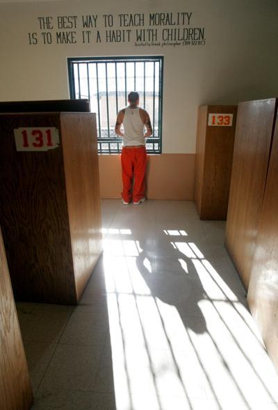 122507 X-mas in prison jp.jpg