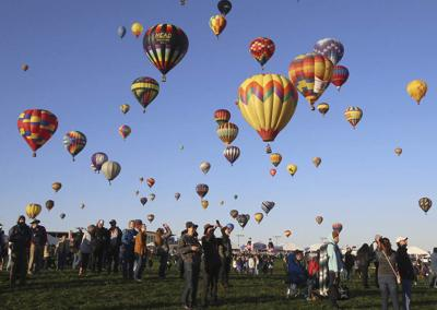 Hot air balloons land hard, cause injuries in New Mexico