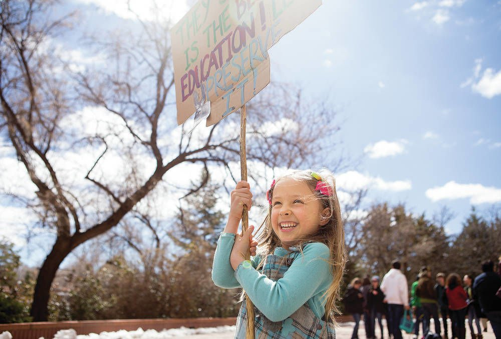 Kids lead protest in Santa Fe against climate change