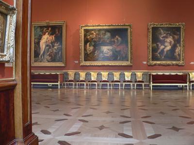 Grand tour: Toni Servillo takes you on a journey through the Hermitage