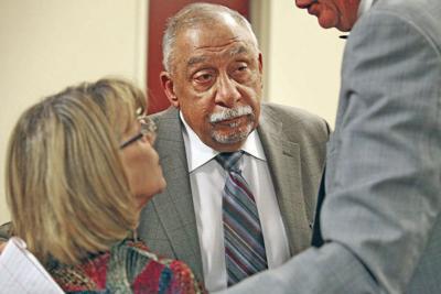 State senator completes prison sentence in corruption case