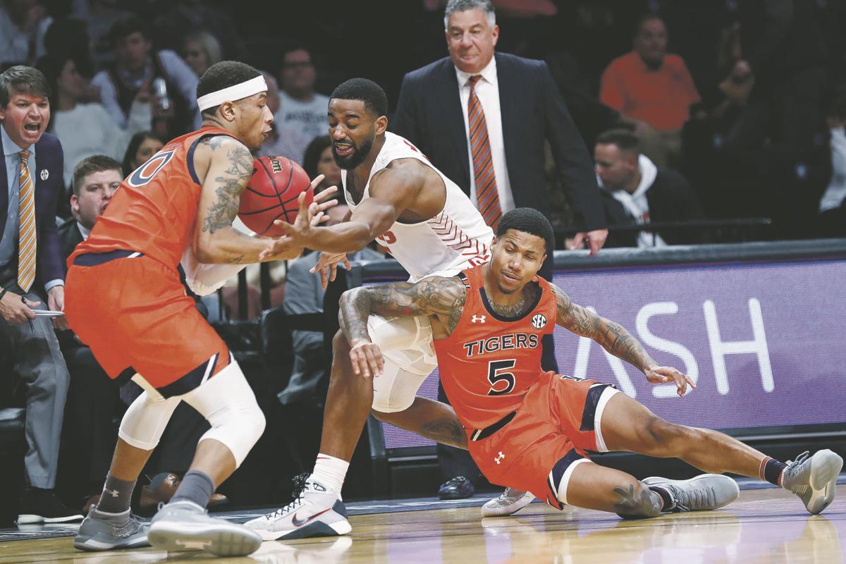 Lobos begin Bragg-less era at CSU