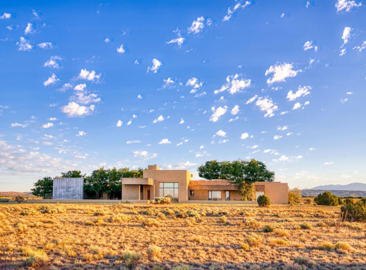 Saddleback Ranch Windland Estate