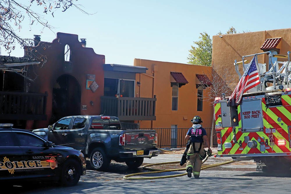 Woman dies in fire at northern Santa Fe apartment