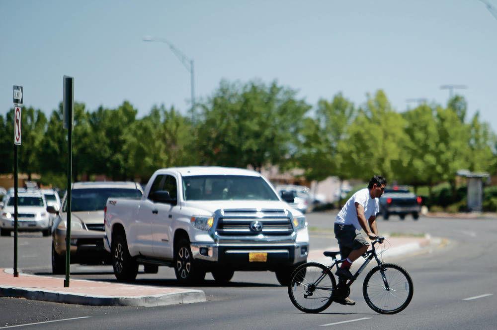 Santa Fe police study bike crashes