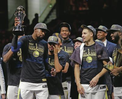 827ccd859e2 Warriors sweep Cavs to earn second straight NBA title