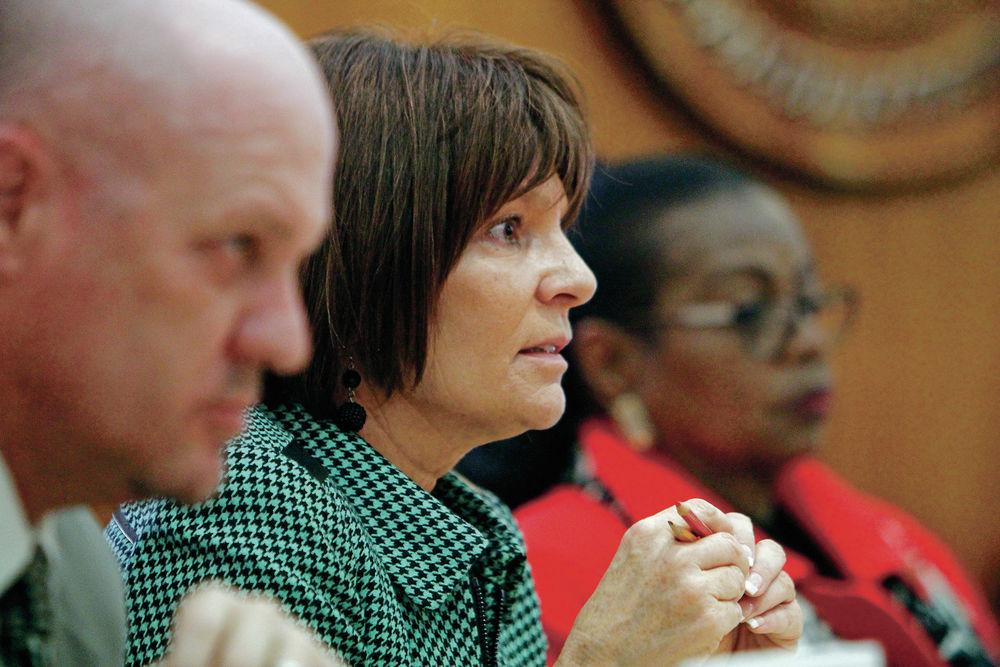 House panel snubs out legal pot