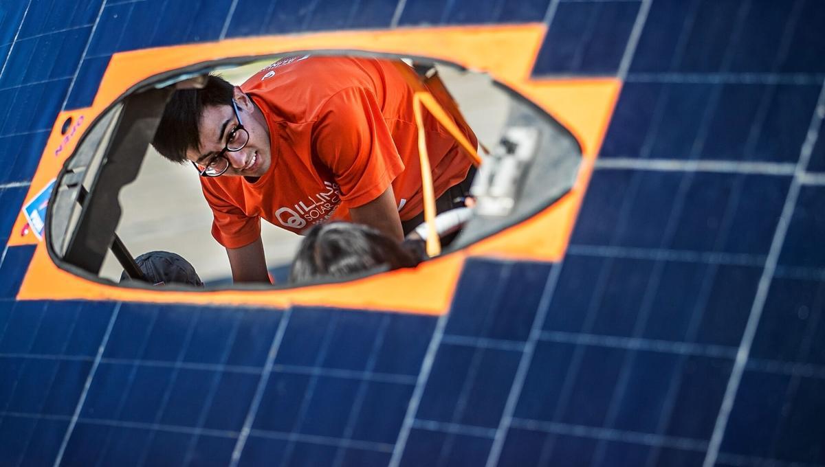 080721 jw solarcars4.jpg