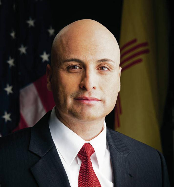 AG Balderas slams 'slow,' secretive UNM investigation