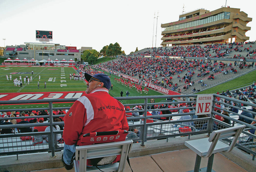 Decline and fall of Lobos football?