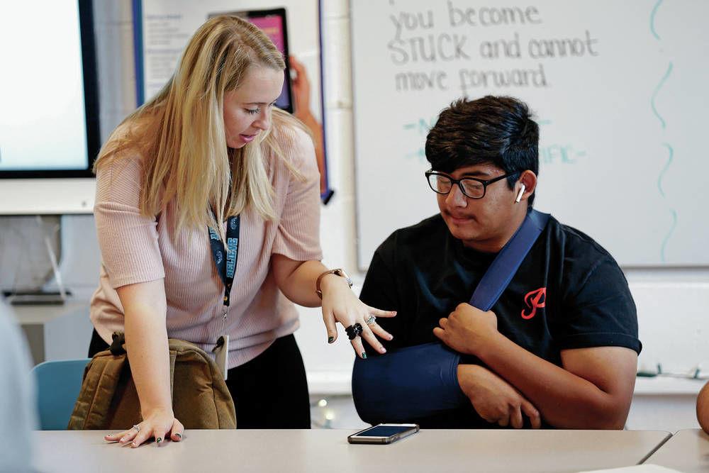 3 Santa Fe Public Schools teachers winners of Golden Apple award