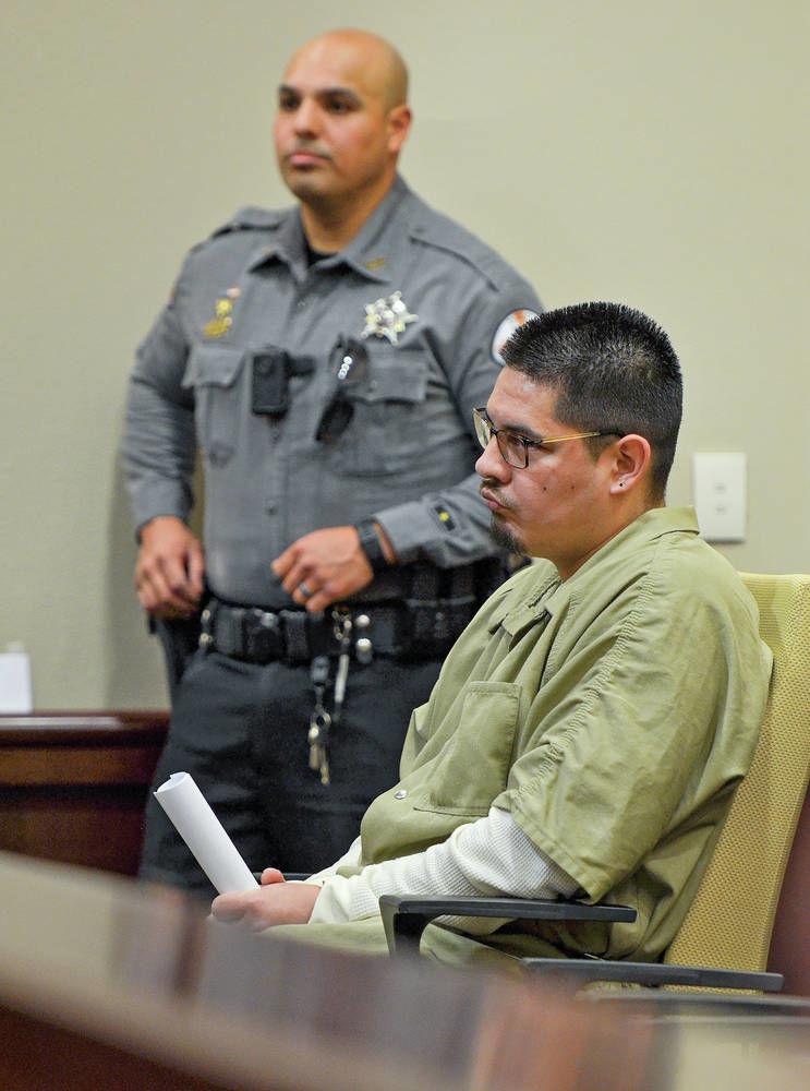 Plea deal nets 12 years for Santa Fe man in stabbing death of his girlfriend