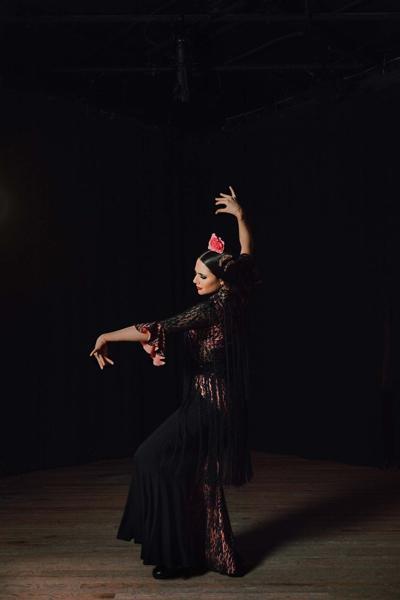 A lifetime in a moment of flamenco: La Emi