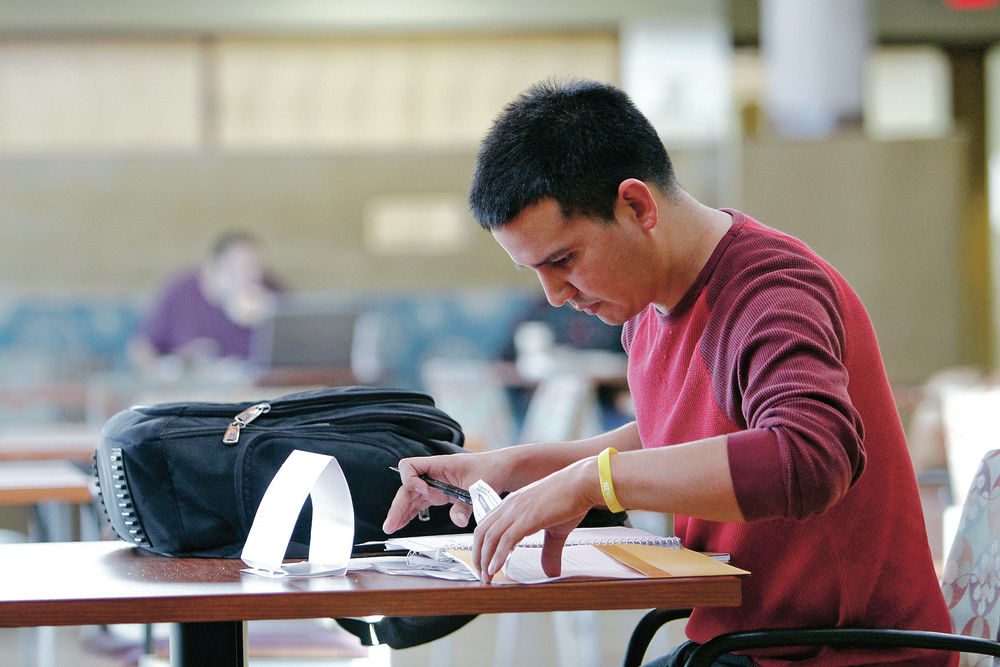 New Mexico leads nation in student loan default rates