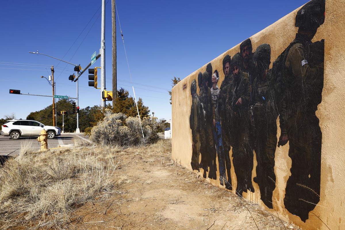 010720-sfnm-nws-grafitti-04