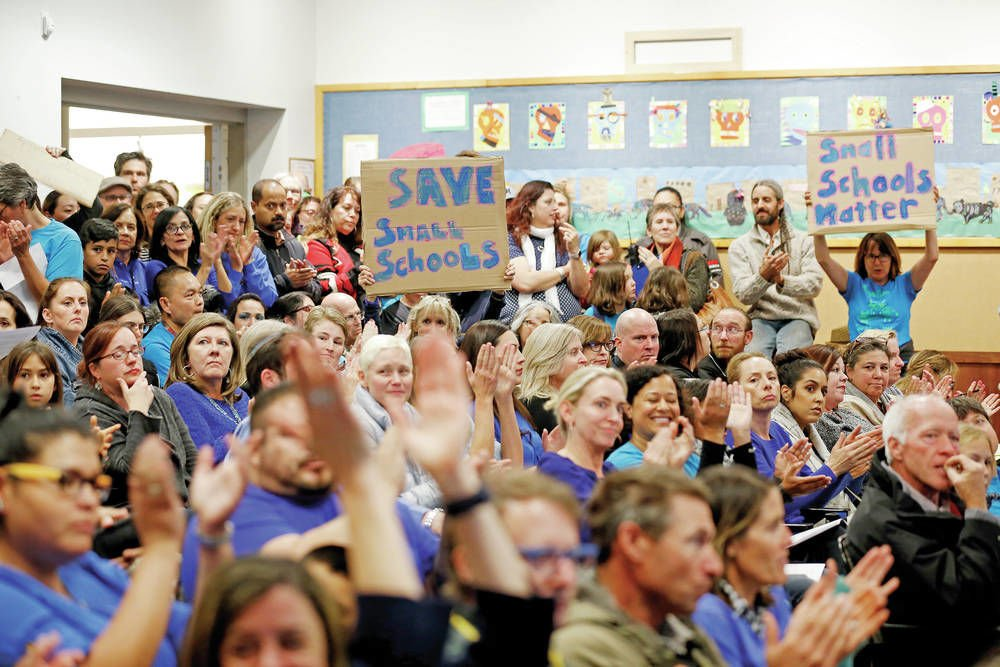 Split Santa Fe Board of Education votes not to close small schools