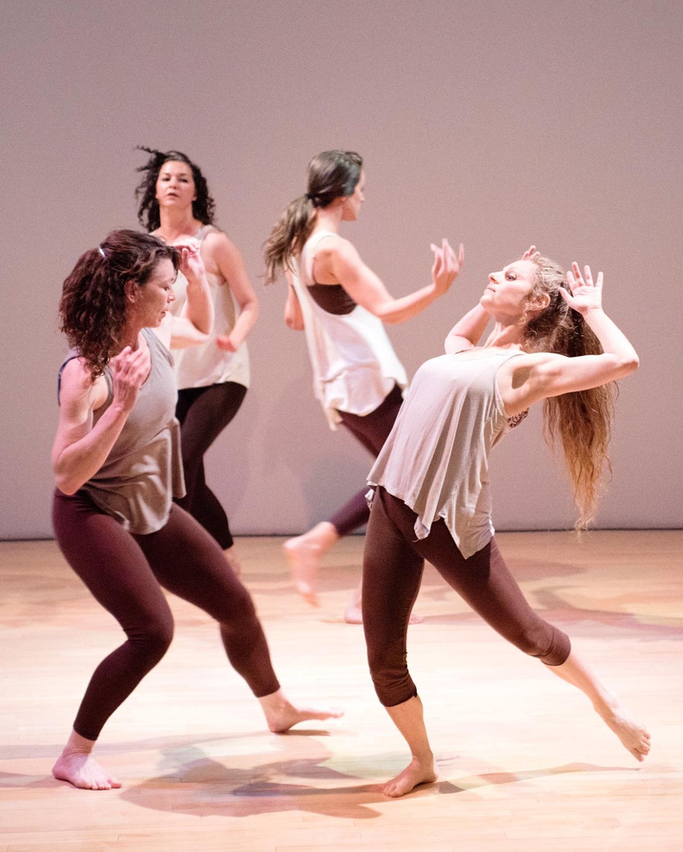 16 aug dance mono mundo 1