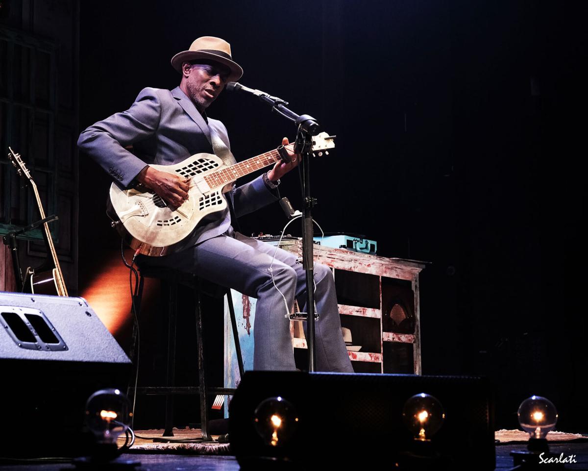 Keb'Mo brings the blues