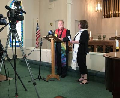 Asbury Memorial Pastor Billy Hester and Wesley Oak Rev Lynn Drake announce merger.jpg