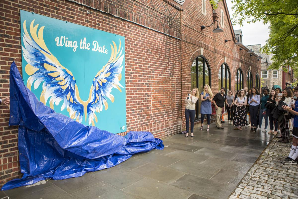 'Wing the 'Dale' flies into downtown