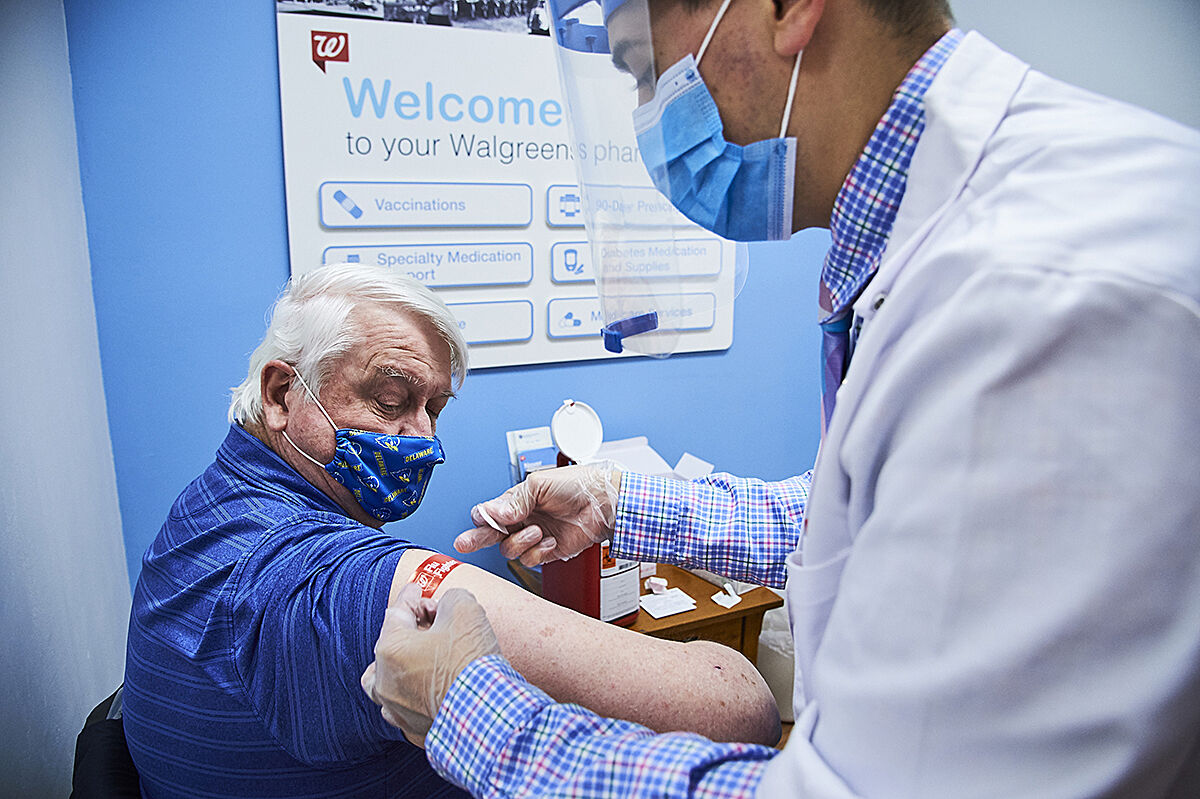 Walgreens vaccine photo 1