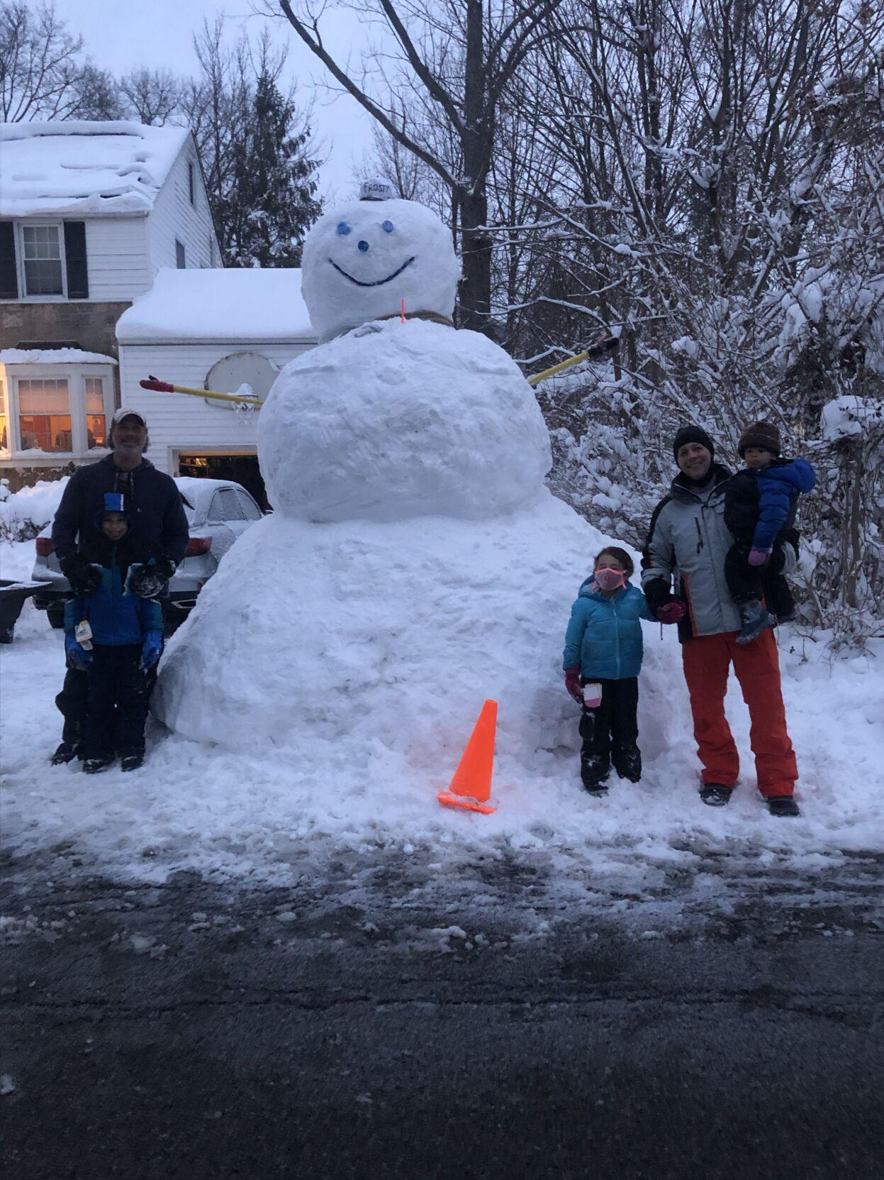 Now THATS a snowman Photo by Stefanie Borg.jpg
